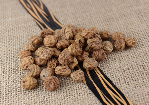 Tiger nuts with stripes